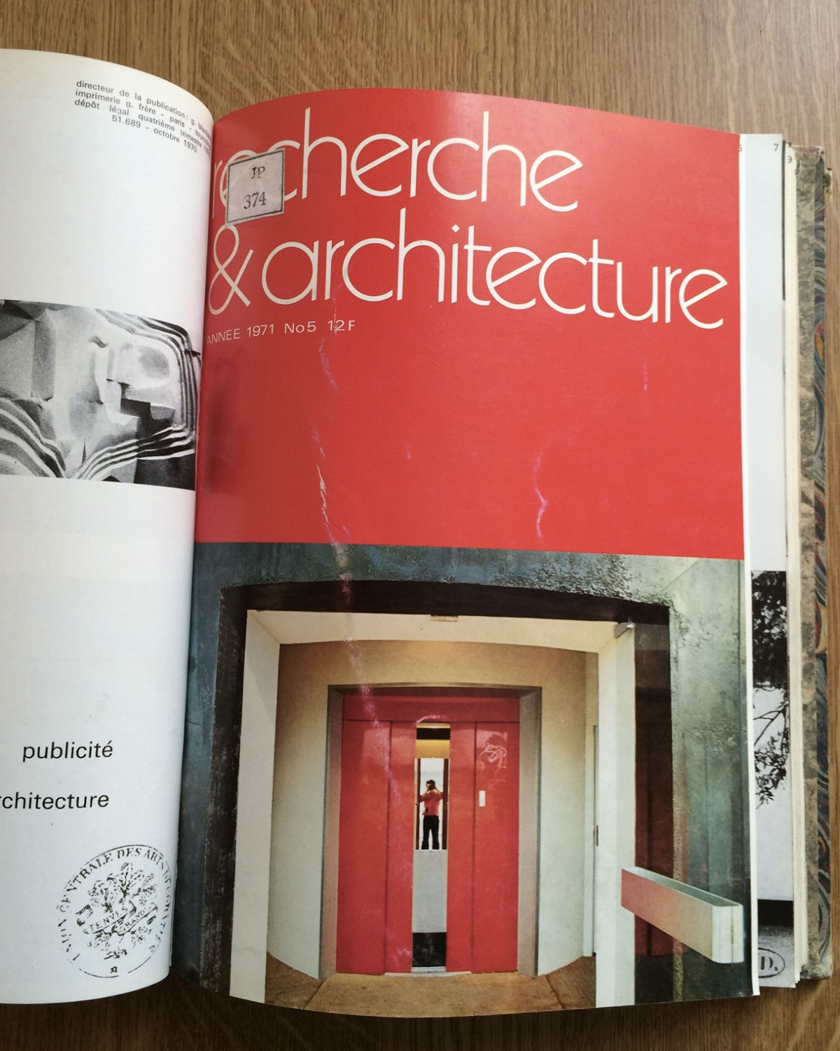 The Archivist, Recherche & Architecture, N°5